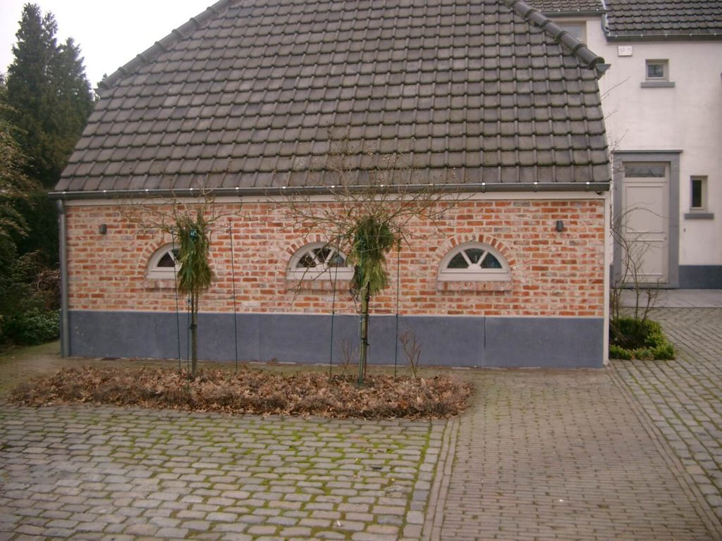 Gevelsteen in Arduin - Belgische blauwe hardsteen